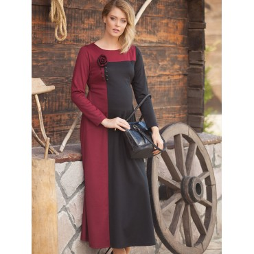 maternity wear hijab brooch is buttoned dress